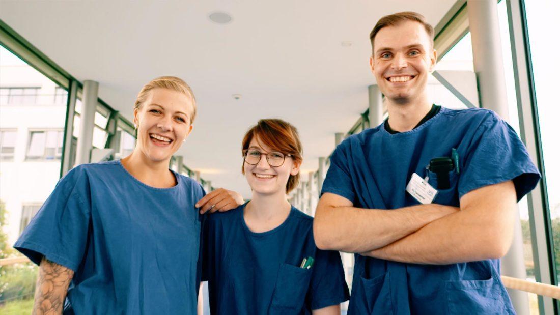 vierlaufende recruiting film image uniklinikum würzburg intensivpflege